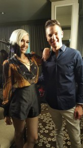 RT @JasonKennedy1: My interview with @gwenstefani is about to air on @ENews. She's one of my favorit...