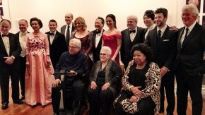 RT Lang Lang @lang_lang: Group photo from @carnegiehall 125th. So many legends - including Marilyn H...