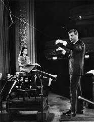 Reloaded twaddle – RT @carnegiehall: .@LennyBernstein's Young People's Concerts w/ the @nyphil at #C...