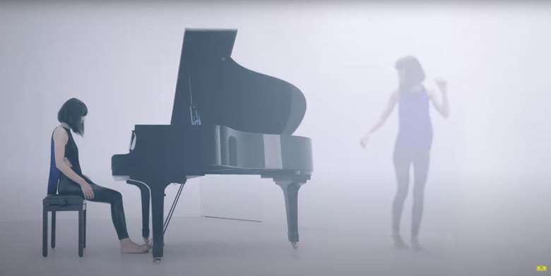 Watch an innovative performance video from @AliceSaraOtt's upcoming album for @DGclassics
